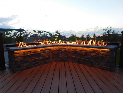 Custom-Decks-firepit-etched-glass-LED-lights-aurora-colorado
