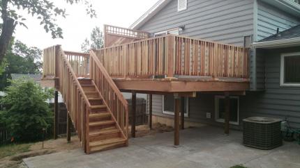 Custom-Decks-redwood-deck-privacy-wall-unique-baluster-rail-westminster-colorado